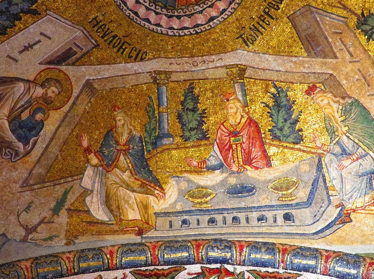 Мозаики в музее Хора декорируют стены
