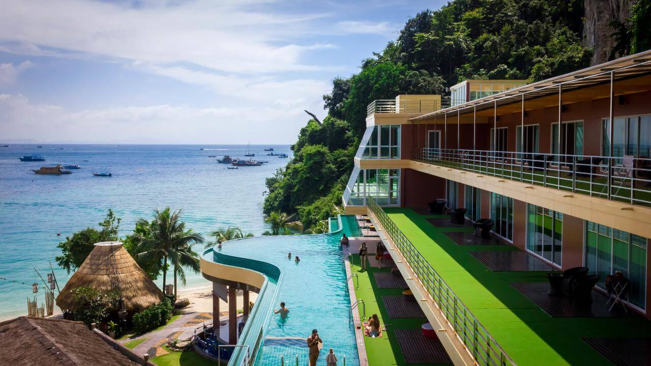 Отель PP Cliff Beach Resort