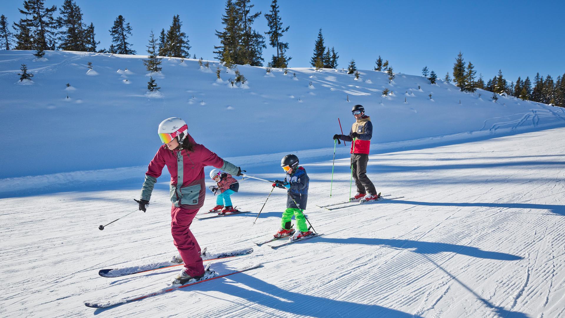 Катание на лыжах на курорте Заальбах