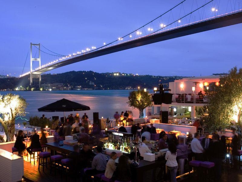 Прогулка по барам Стамбула