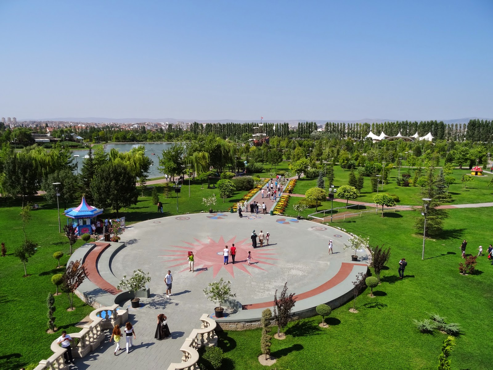 Парк Sazova