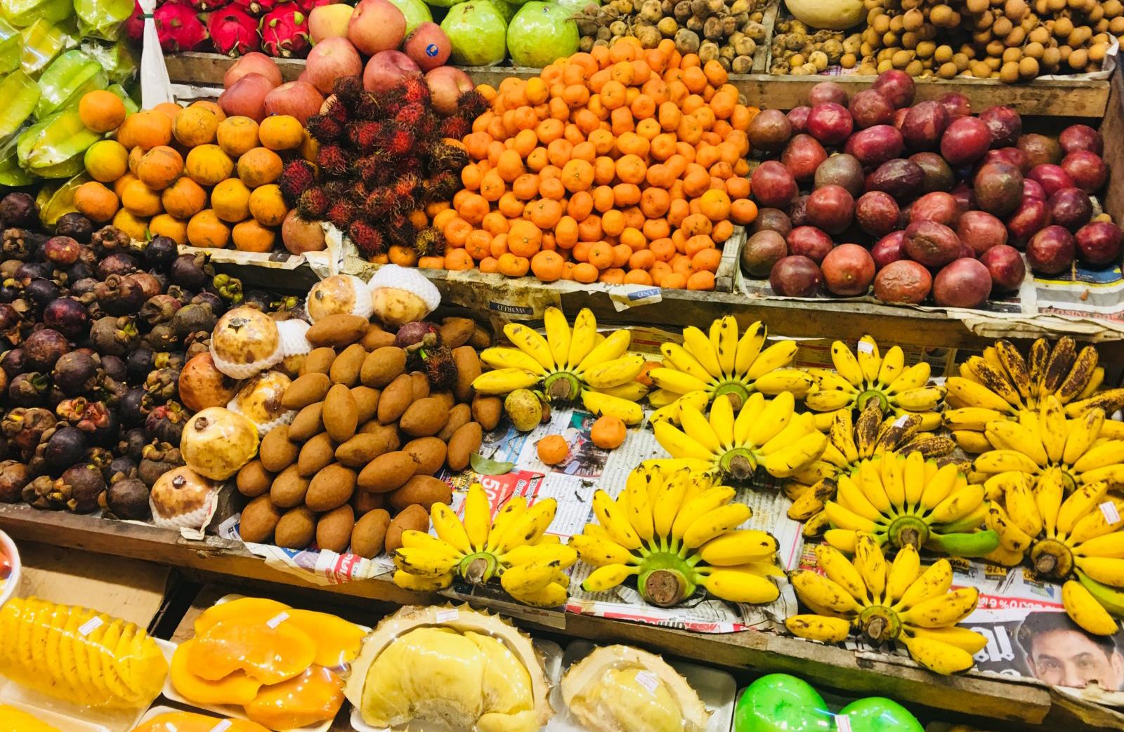 Фрукты на рынке Паттайя Парк