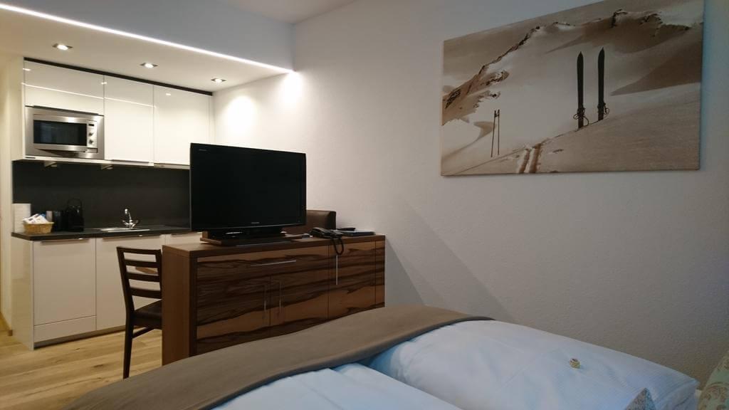 Апартаменты Alpinlounge Rätia Appartements не далеко от подъемников