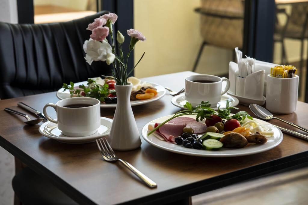 Завтрак в отеле Boss Hotel Sultanahmet