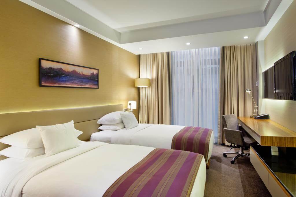 Номер в отеле DoubleTree By Hilton Istanbul — Old Town