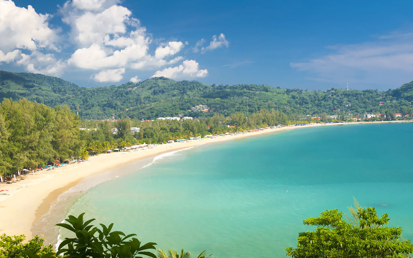 Вид на пляж Камала