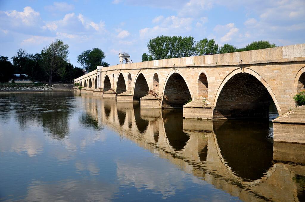 Мост через реку Мерик