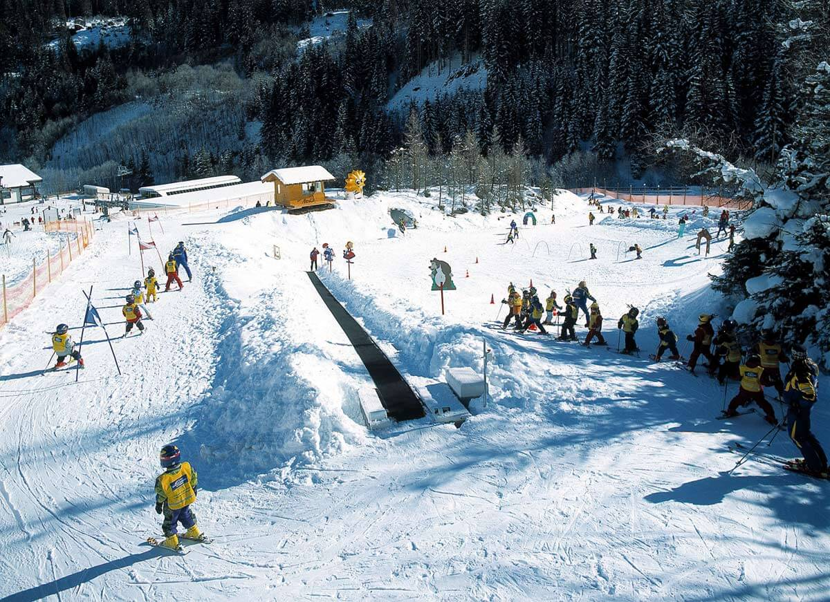 Обучения горнолыжному спорту