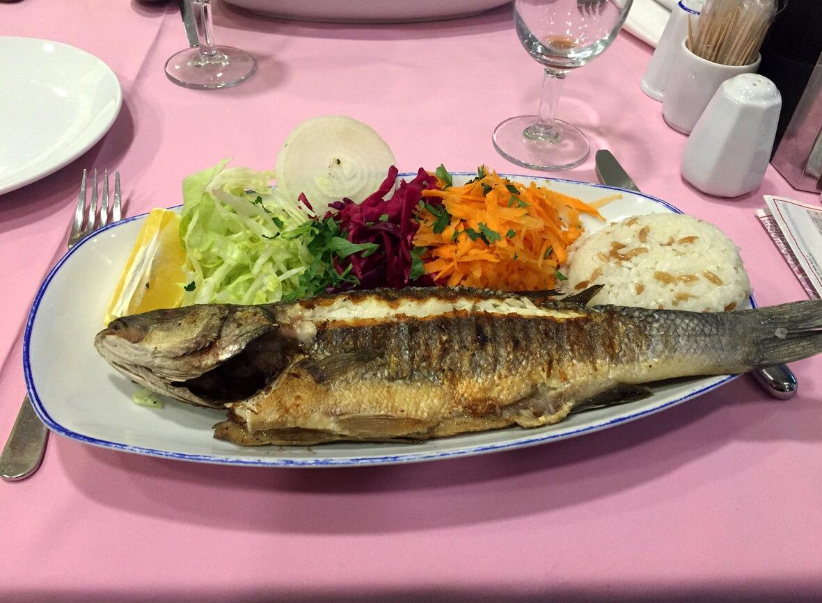 Рыба-гриль с овощами