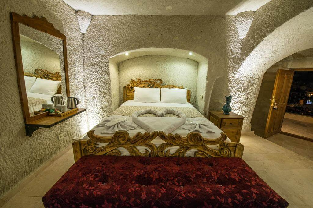 Номер отеля Charming Cave Hotel