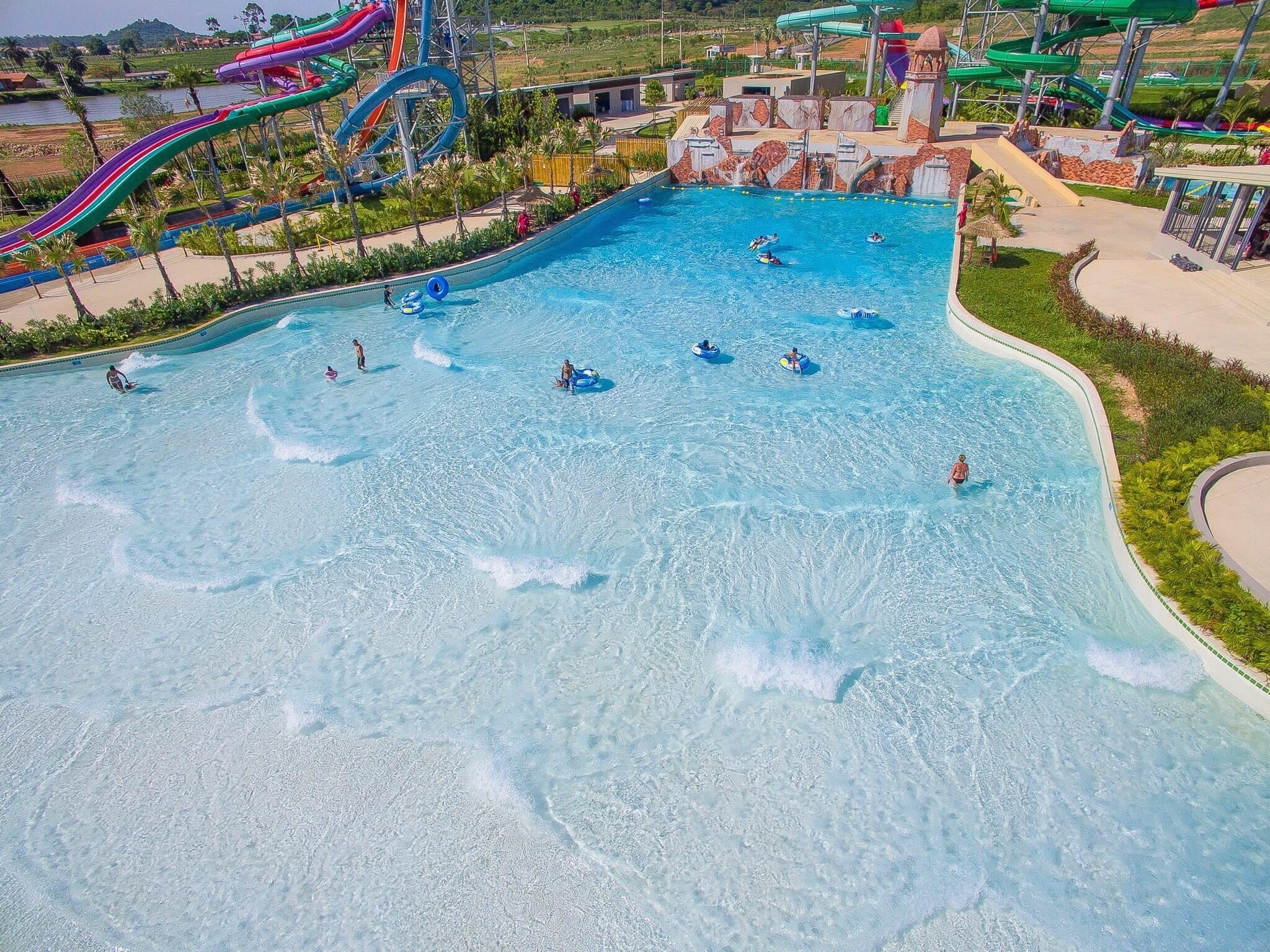 Басейн Double Wave Pool