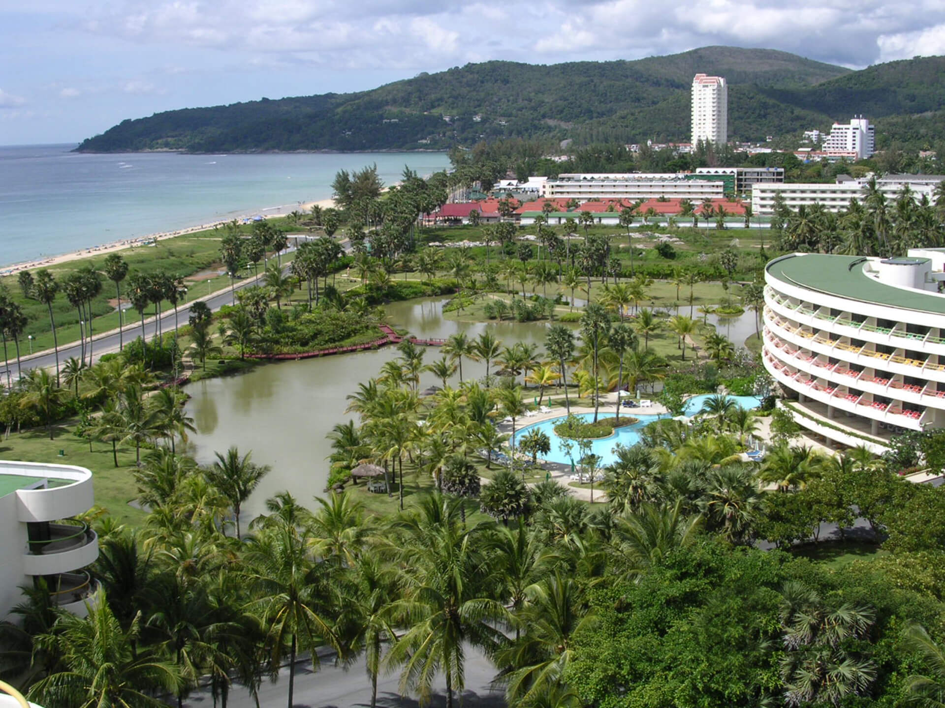 Отель Hilton Phuket Arcadia Resort & Spa
