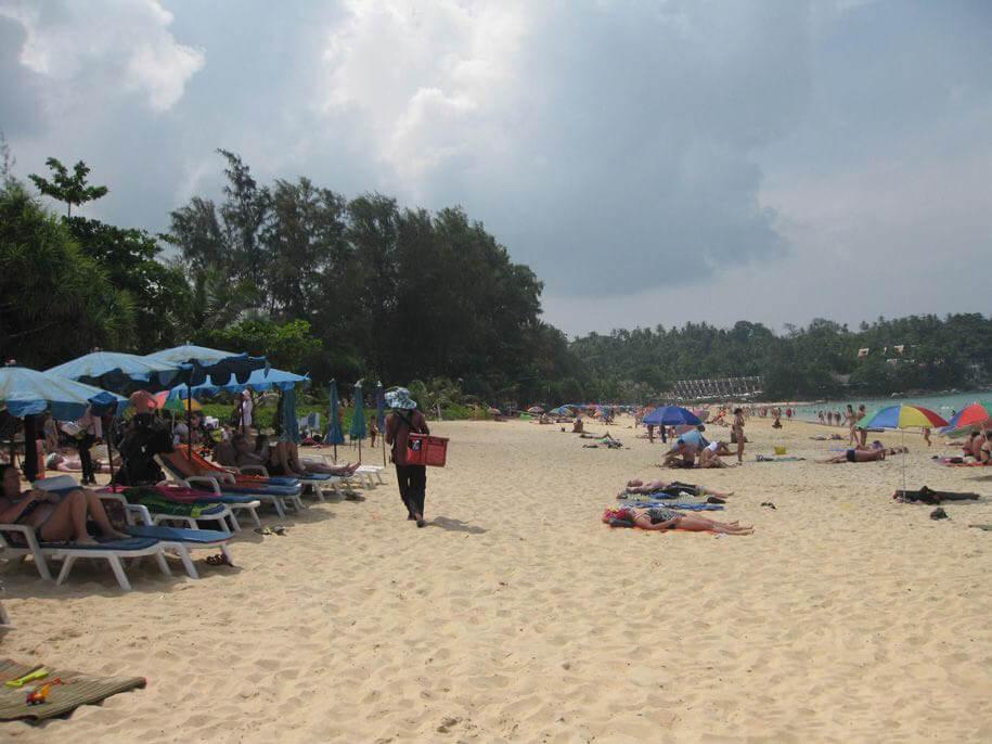 Торговцы на пляже