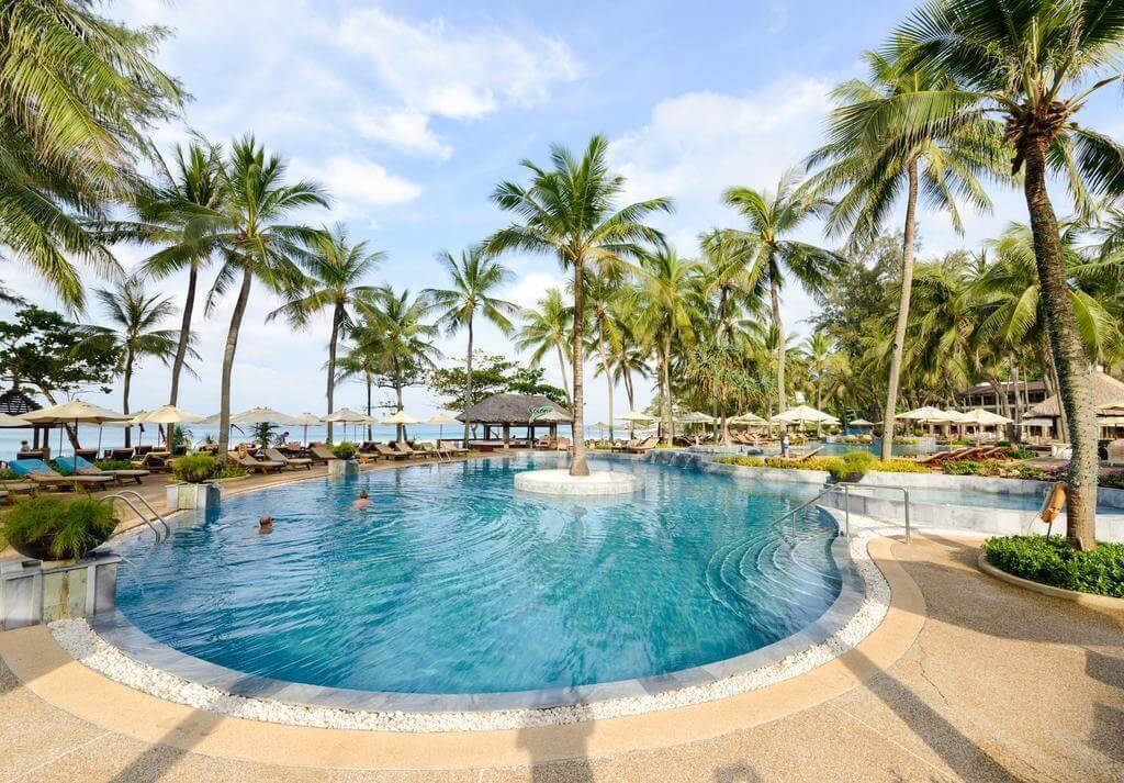 Отель Katathani Phuket Beach Resort