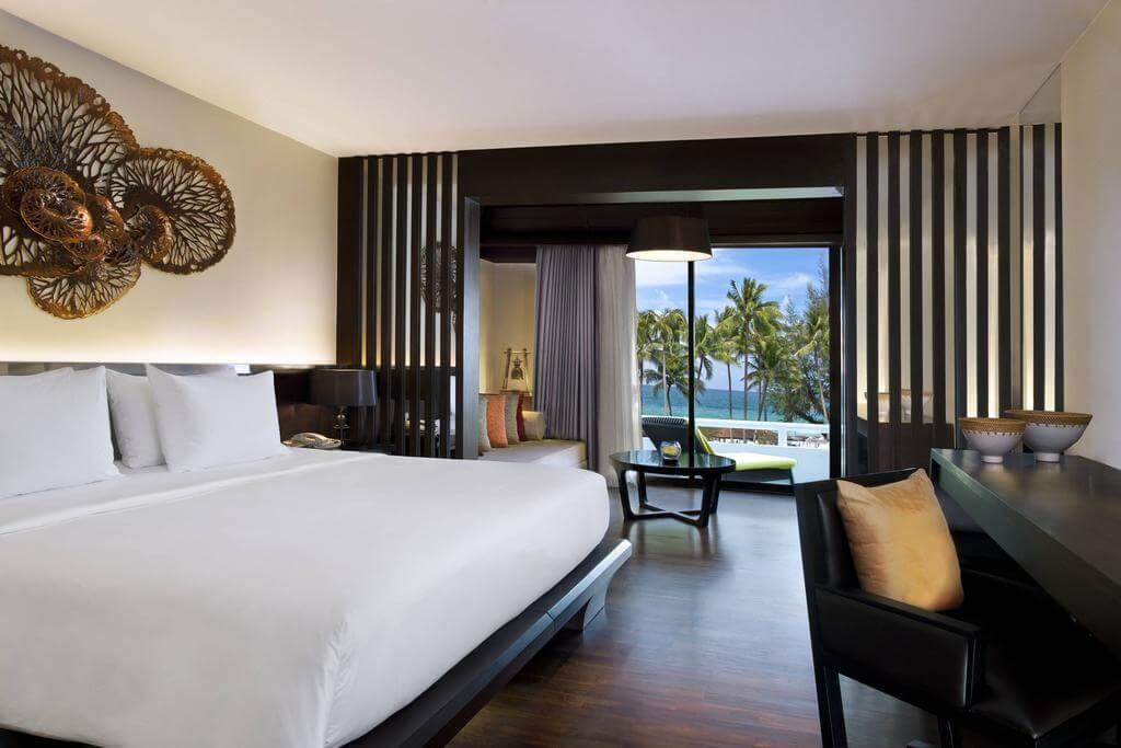 Номер в отеле Le Meridien Phuket Beach Resort