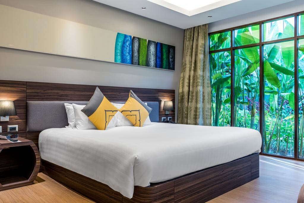 Номер в отеле Novotel Phuket Karon Beach Resort and Spa