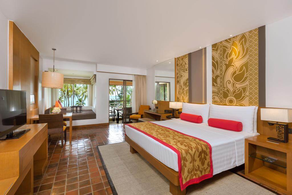Номер в отеле Outrigger Laguna Phuket Beach Resort