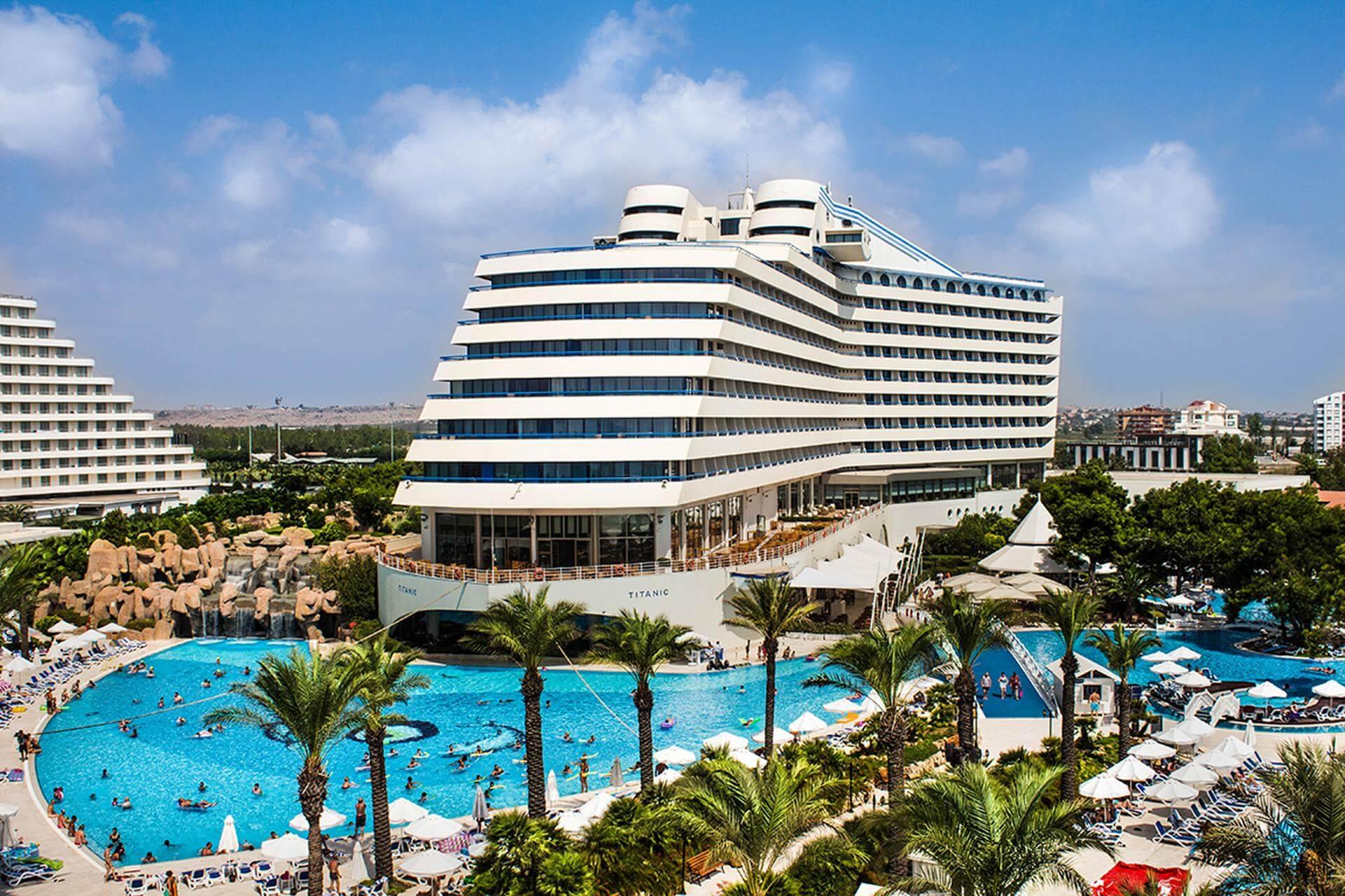 Отель Titanic Beach Lara