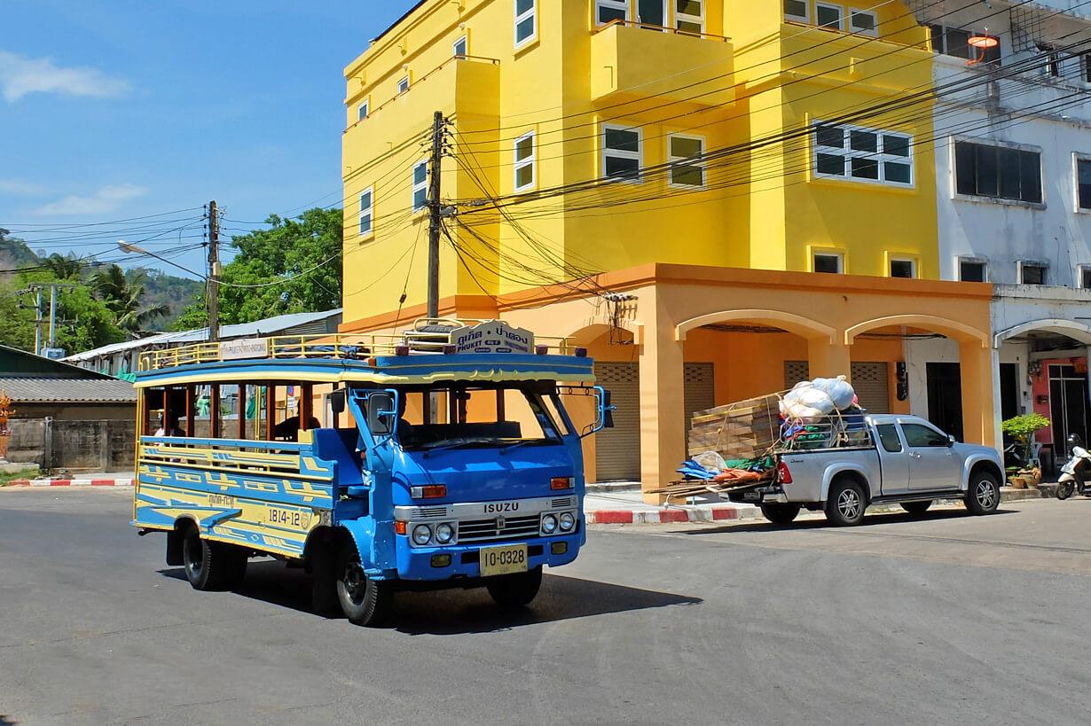 Автобус на пляж Равай