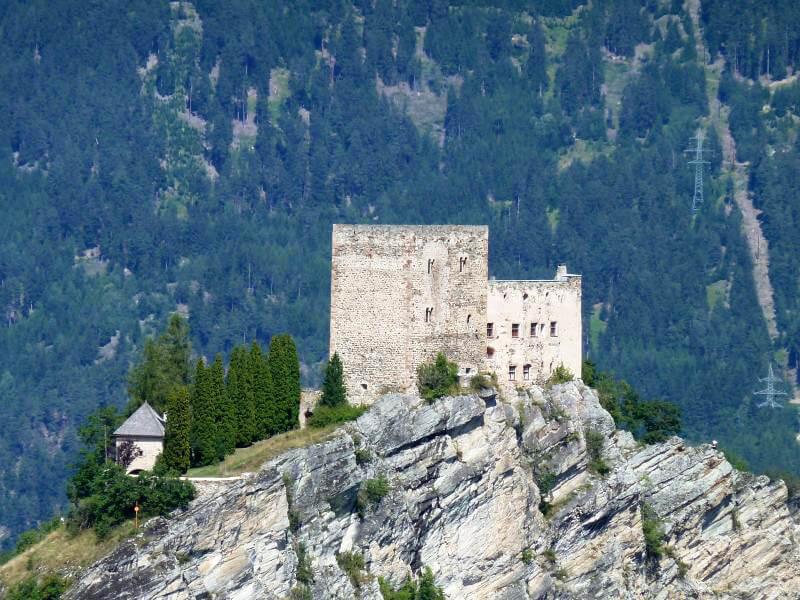 Замок Лаудег