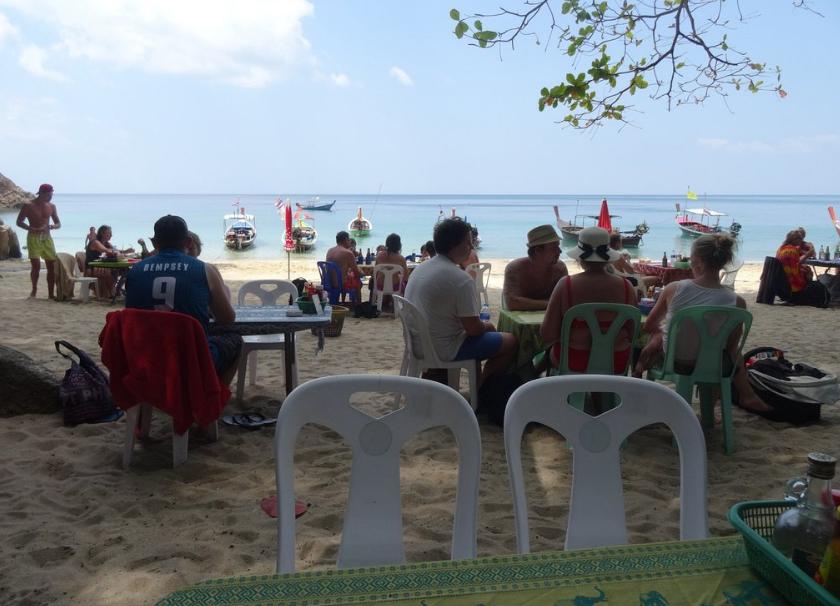 В кафе на пляже