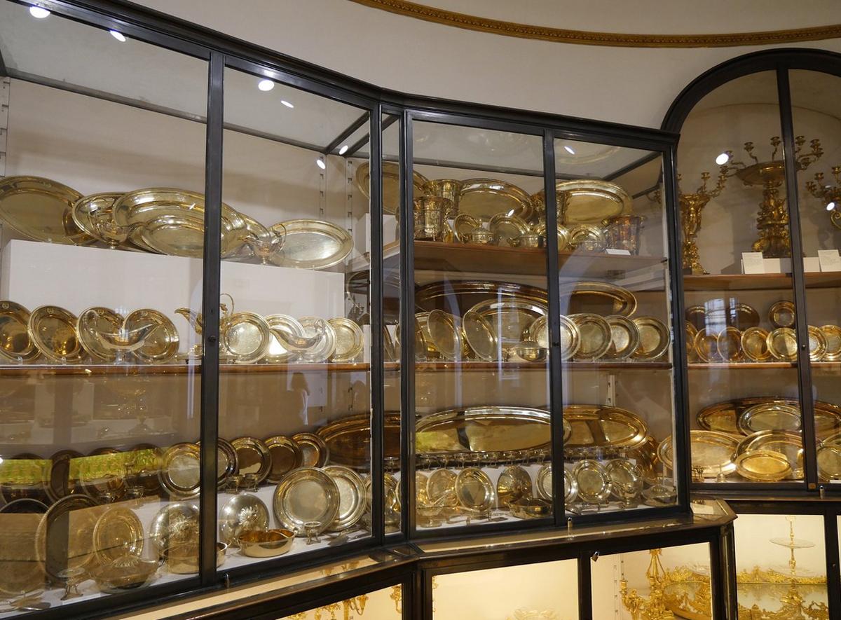 Коллекция императорского серебра