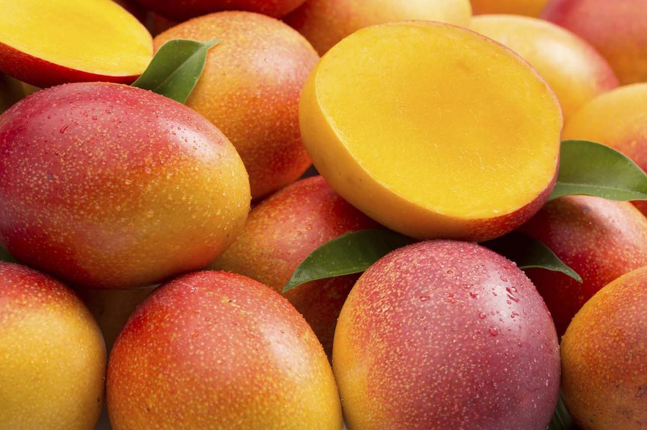 Экзотический фрукт - манго