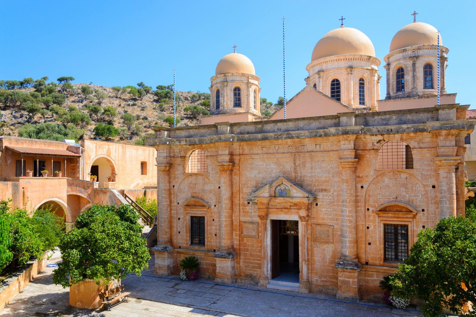 Монастырь Святой Троицы, Крит