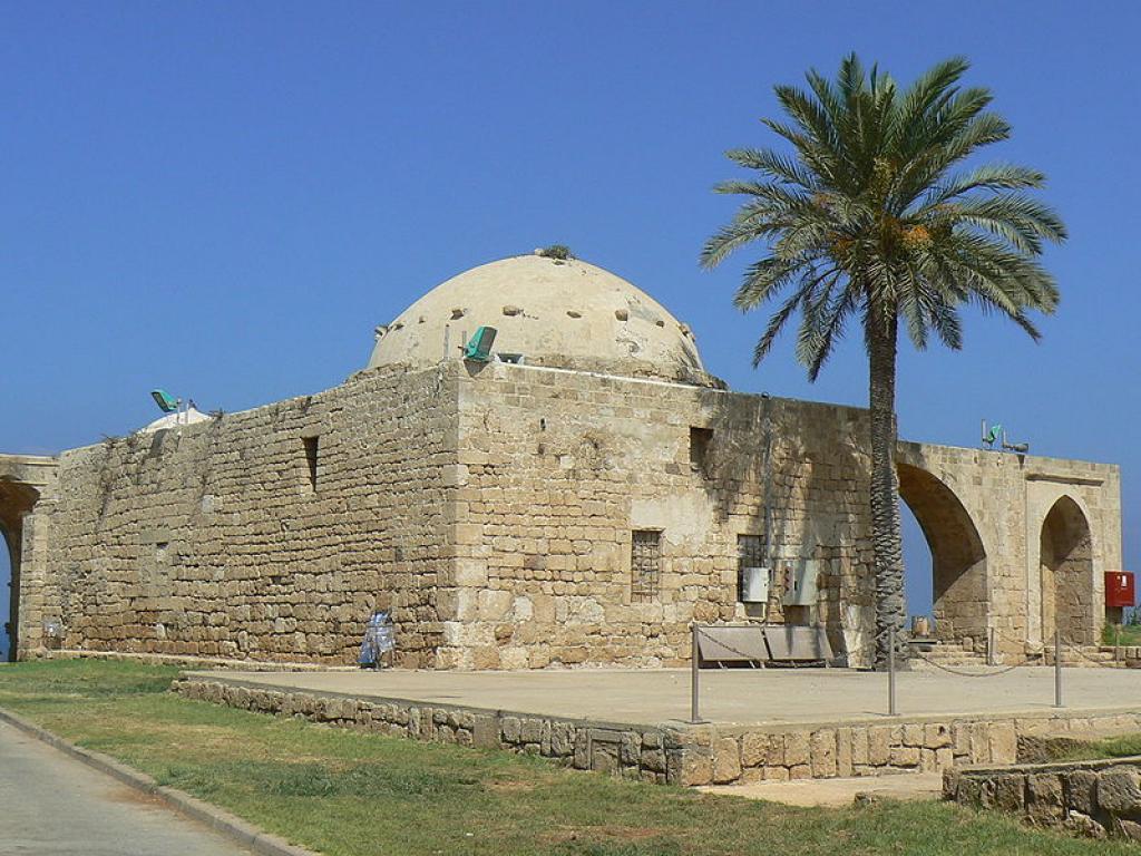 Мечеть в парке Ахзив