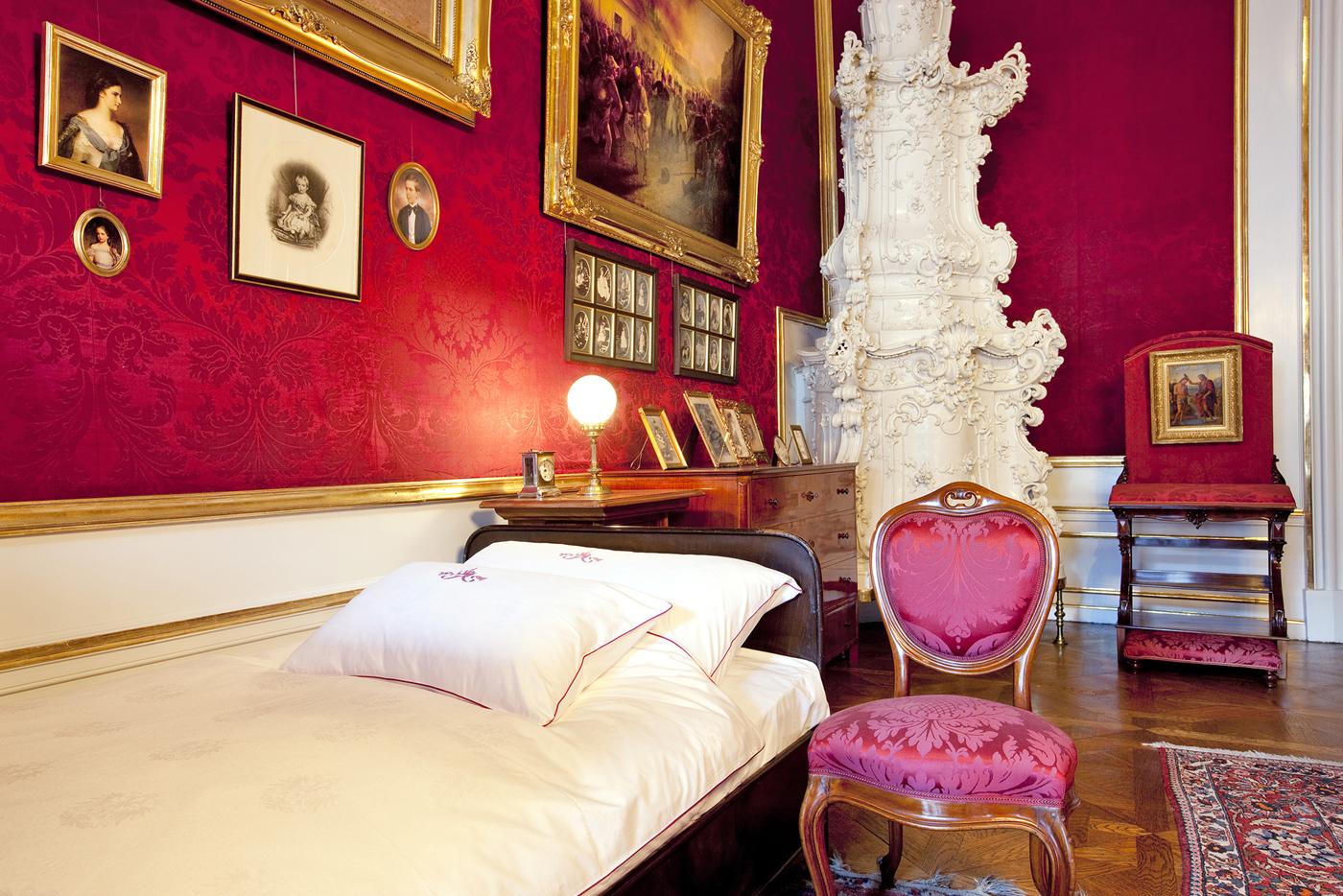 Спальня императора в Хофбурге