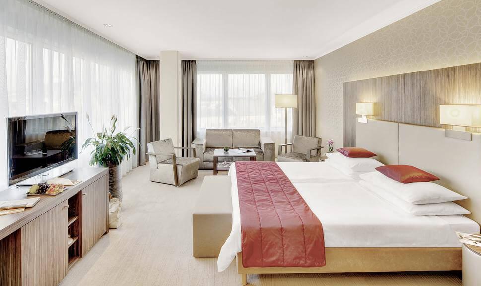 Отель Austria Trend Hotel Schillerpark Linz
