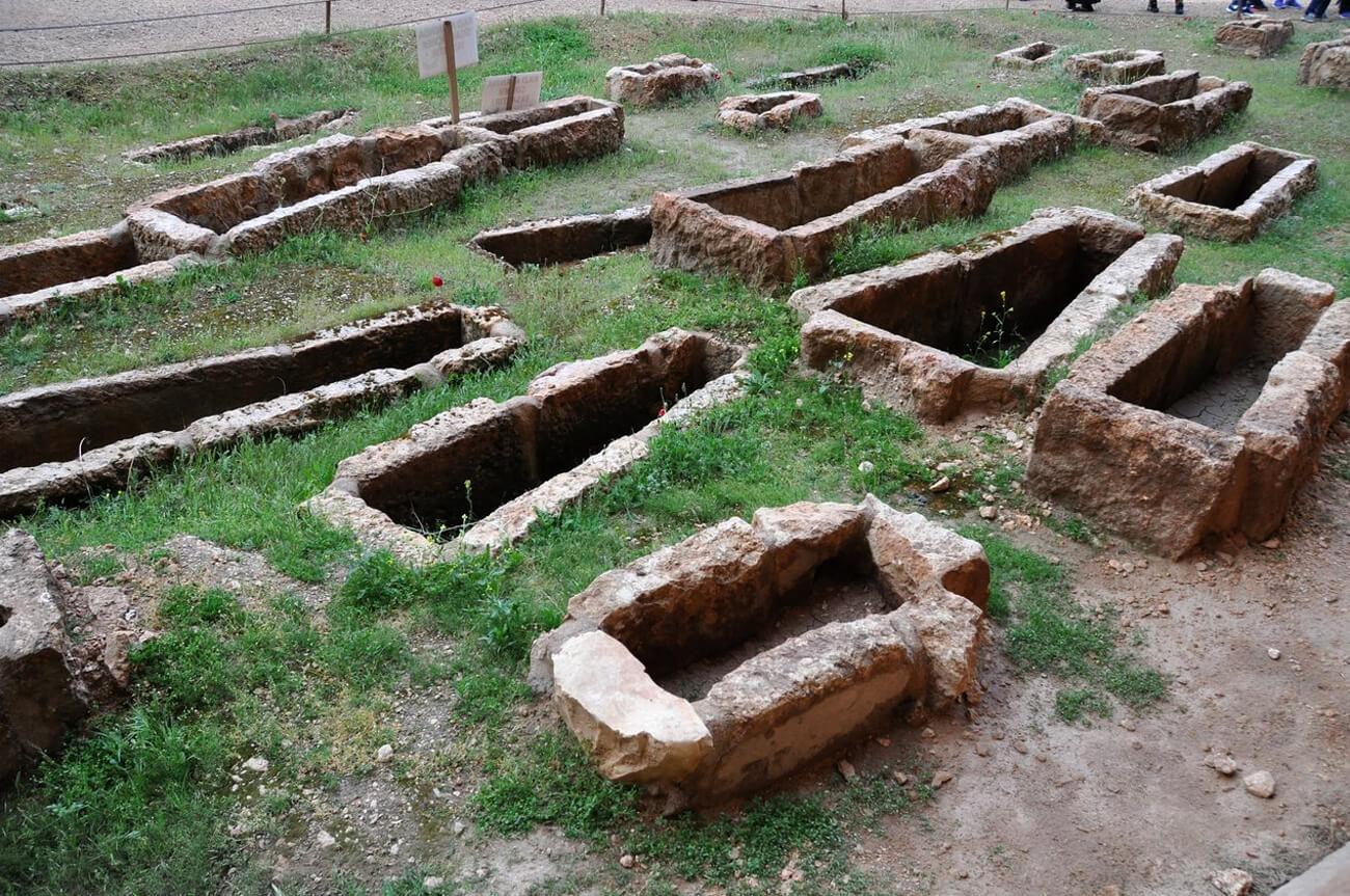 Кладбище Дары