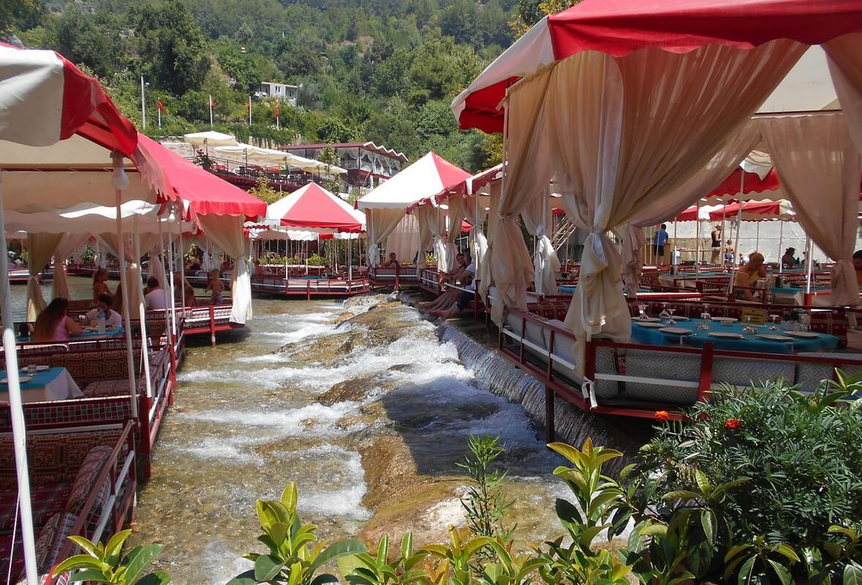 Кафе на реке Димчай