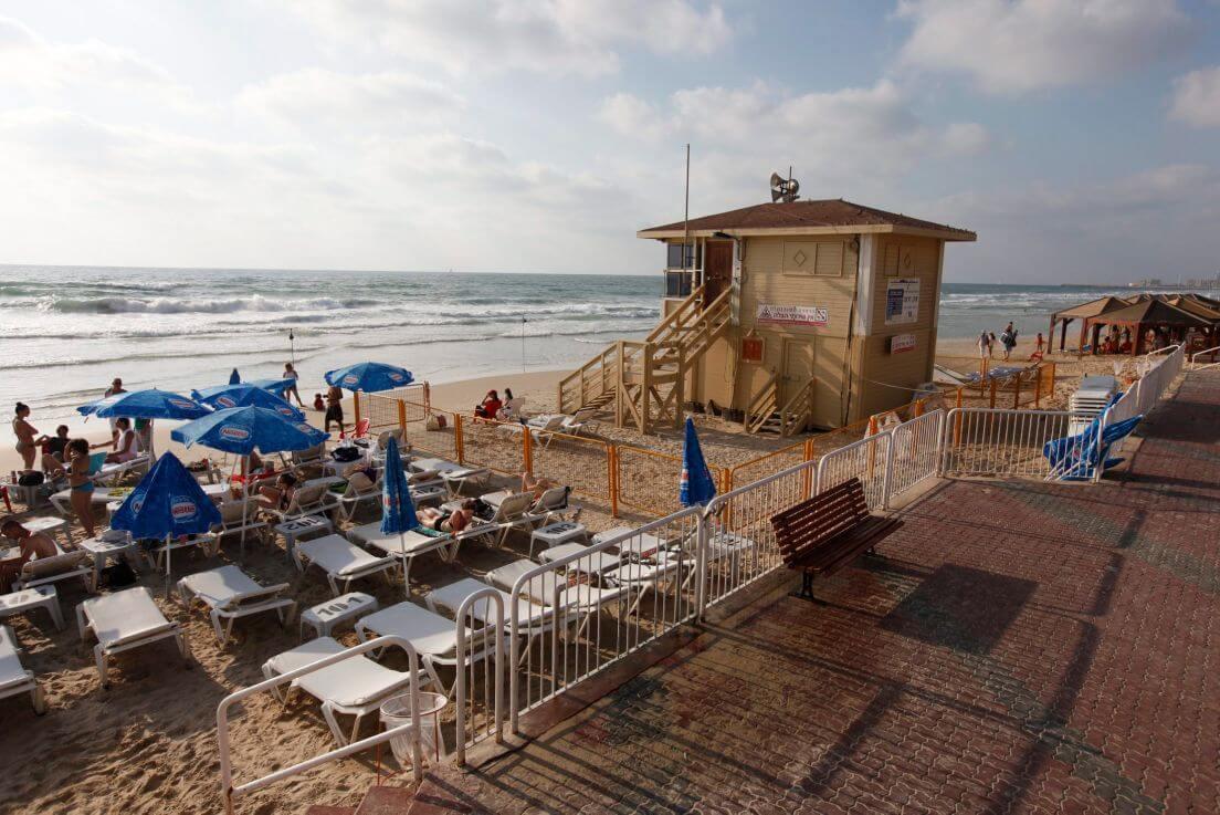 HaTzuk Beach