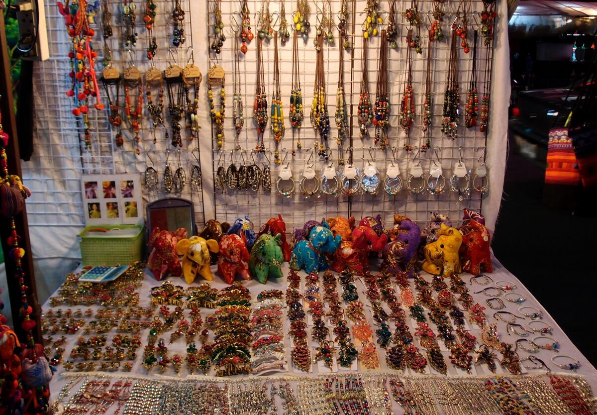 Рынок Ploen Ruedee