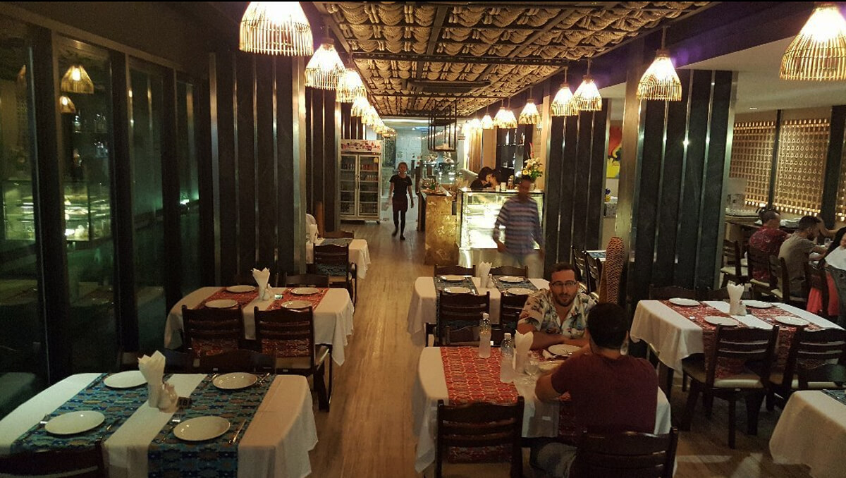 В ресторане Sultan's Grill Authentic Turkish & Indian Cuisine