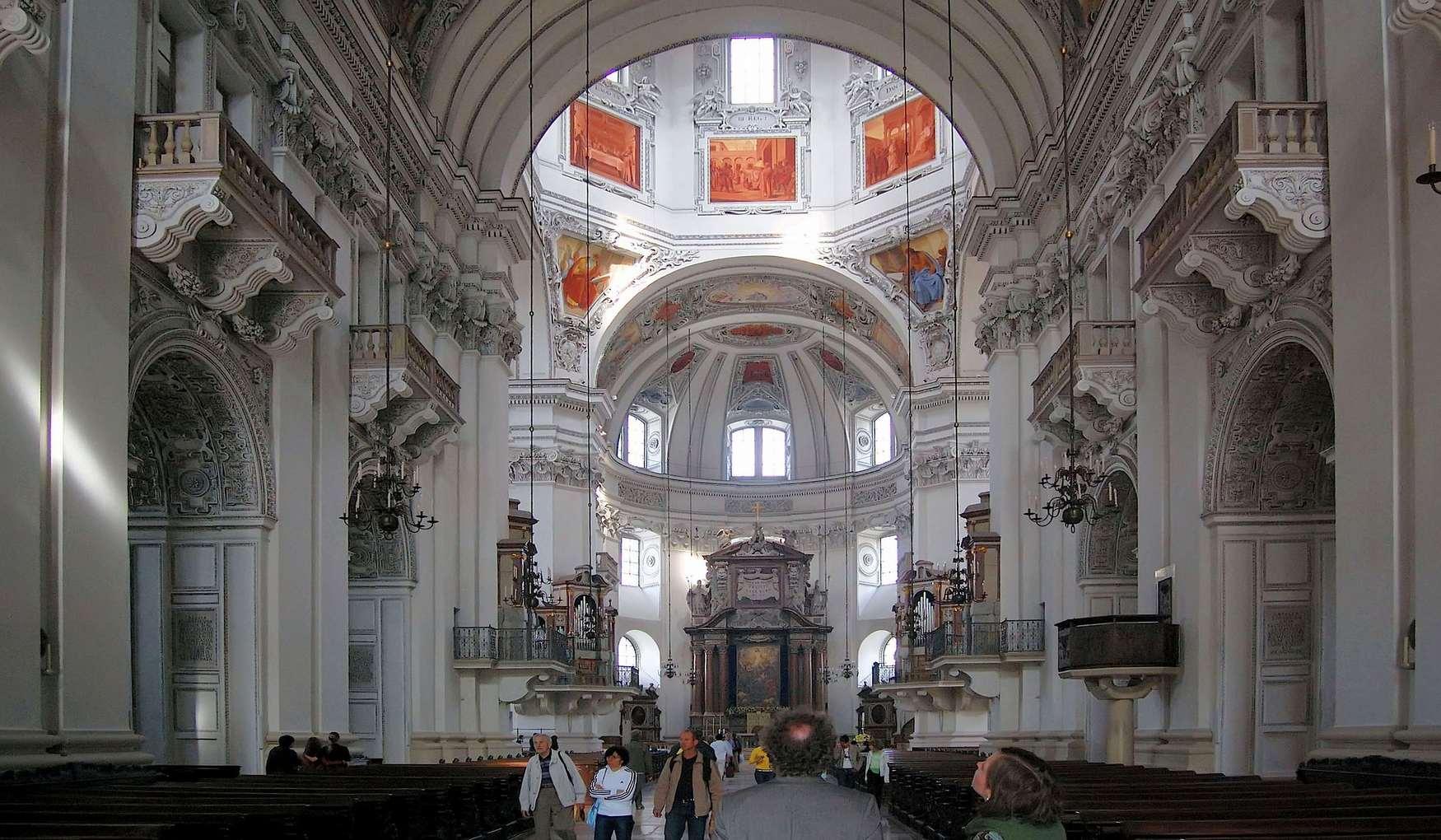Интерьер Зальцбургского собора