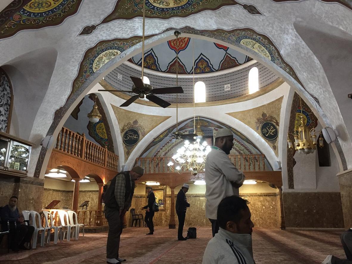В мечете Махмуда