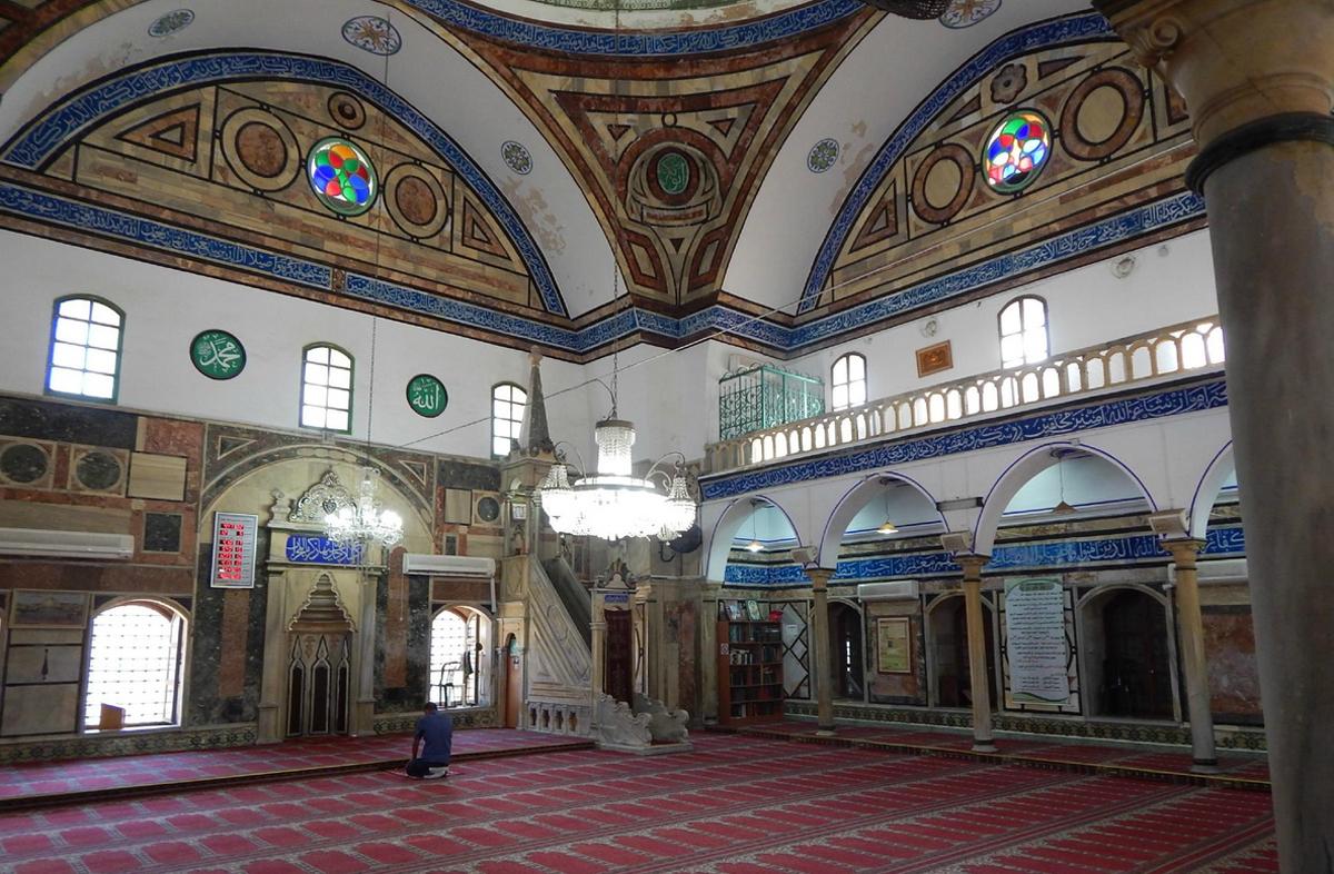 В мечете аль-Ажаззара