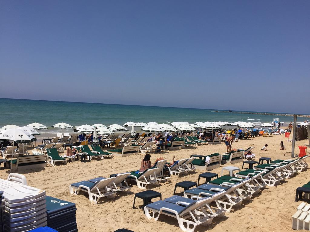 Пляжный отдых в Бат Яма