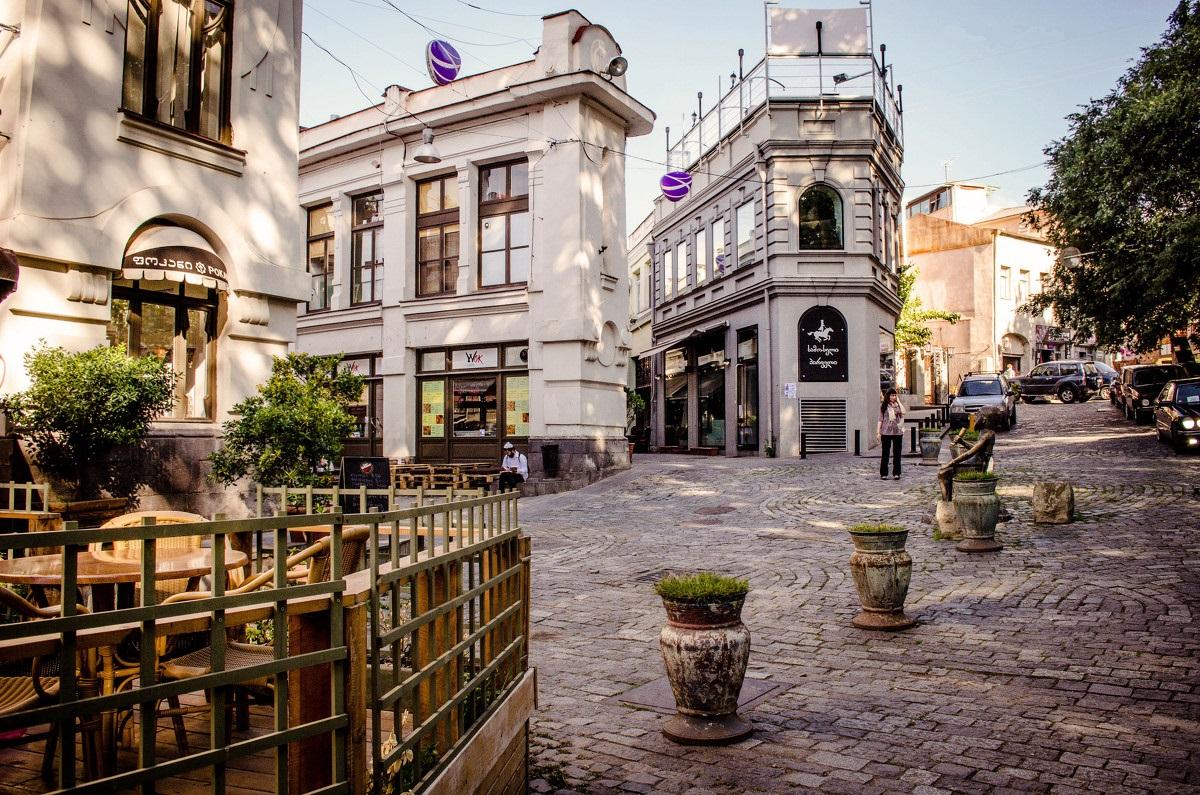 Улицами Тбилиси