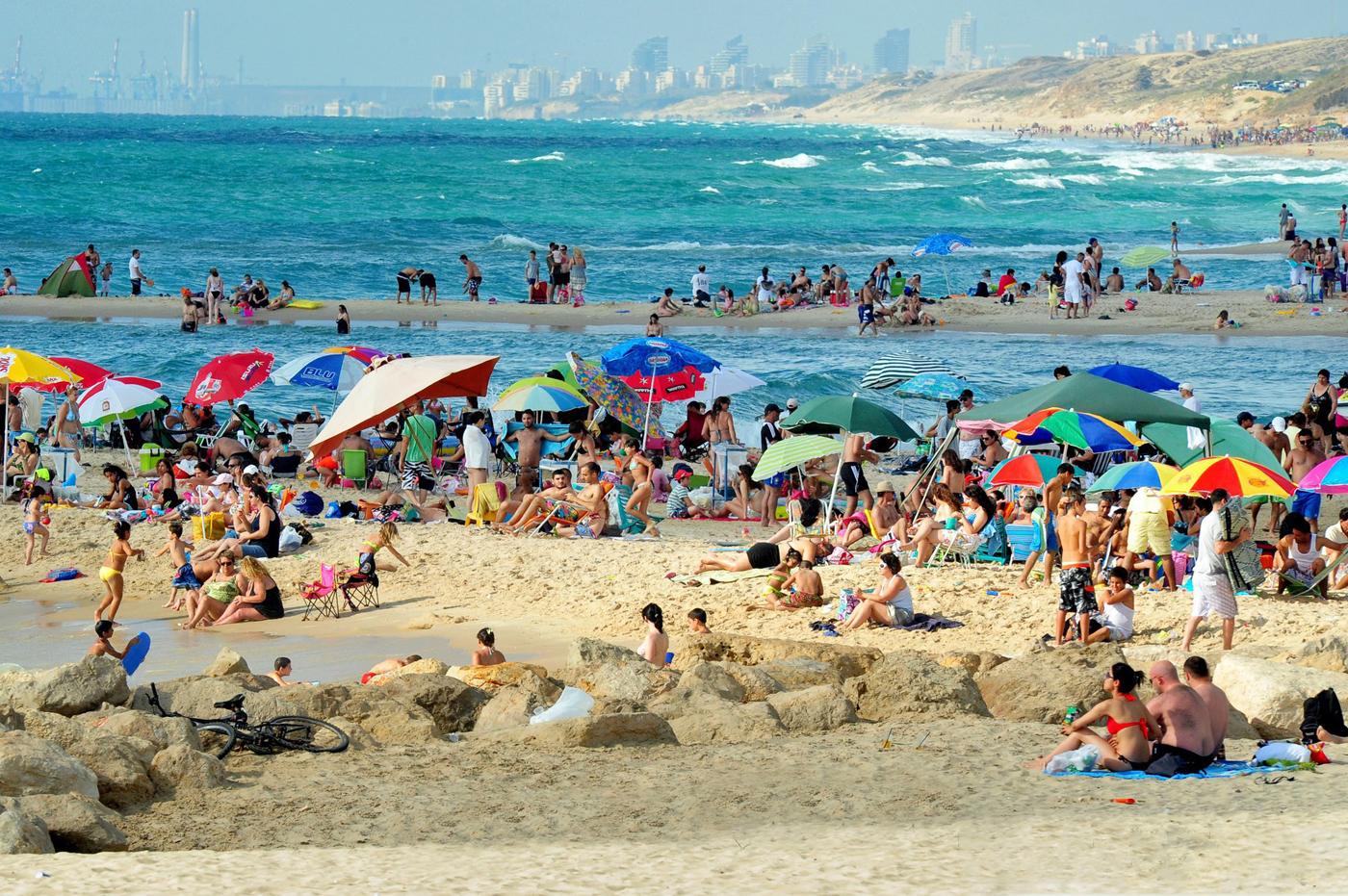 Центральный пляж – Далила