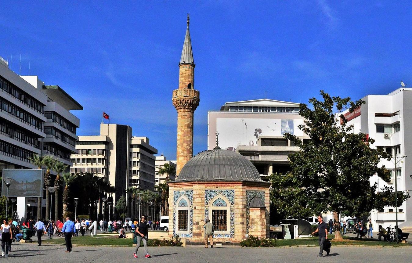 Миниатюрная мечеть Ялы