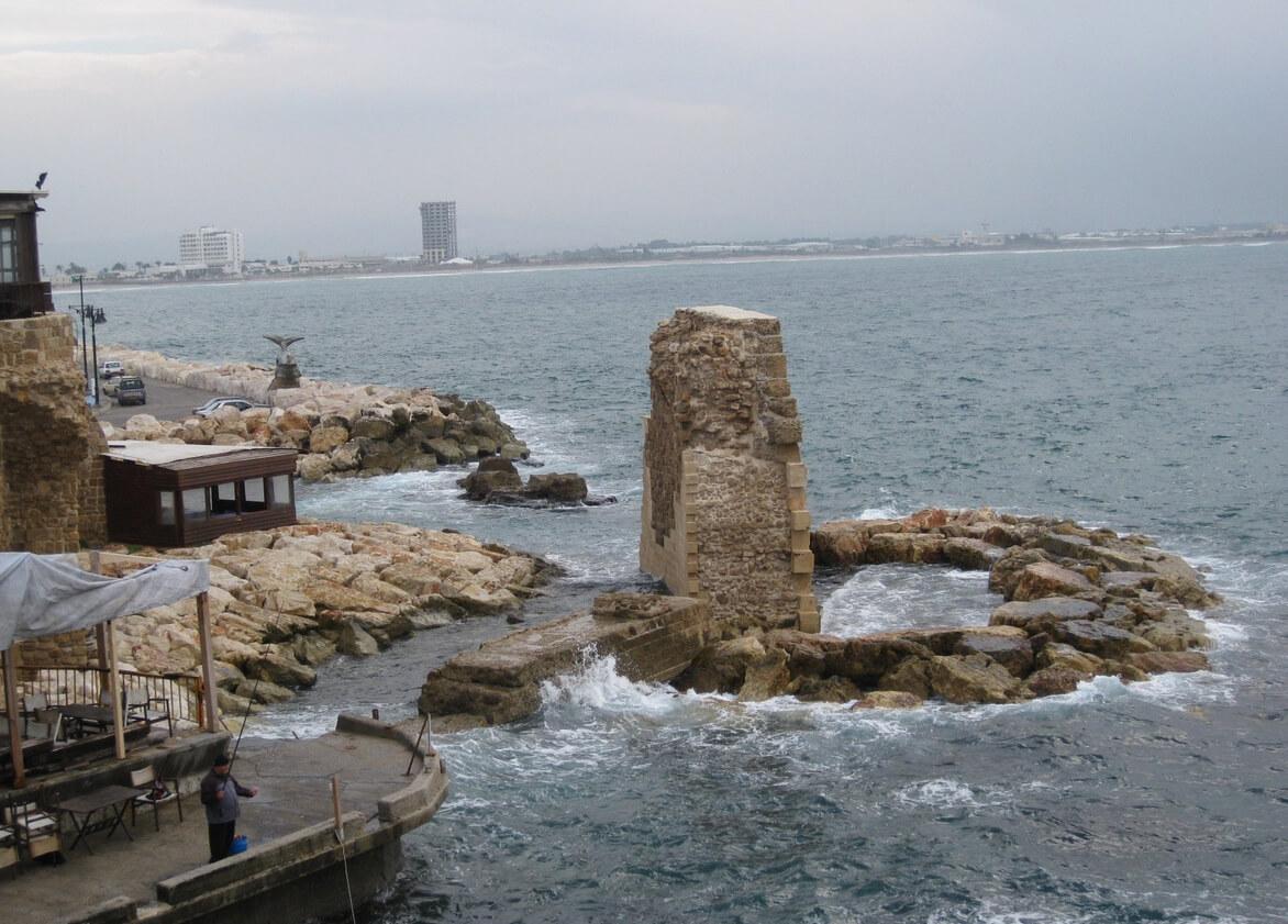 Развалины древнего порта