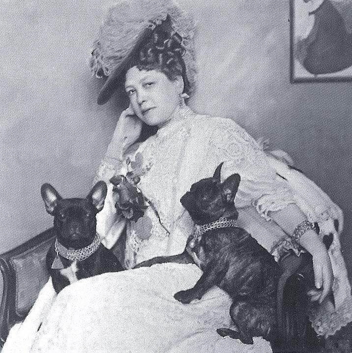 Жена Эдуарда Захера — Анна Мария