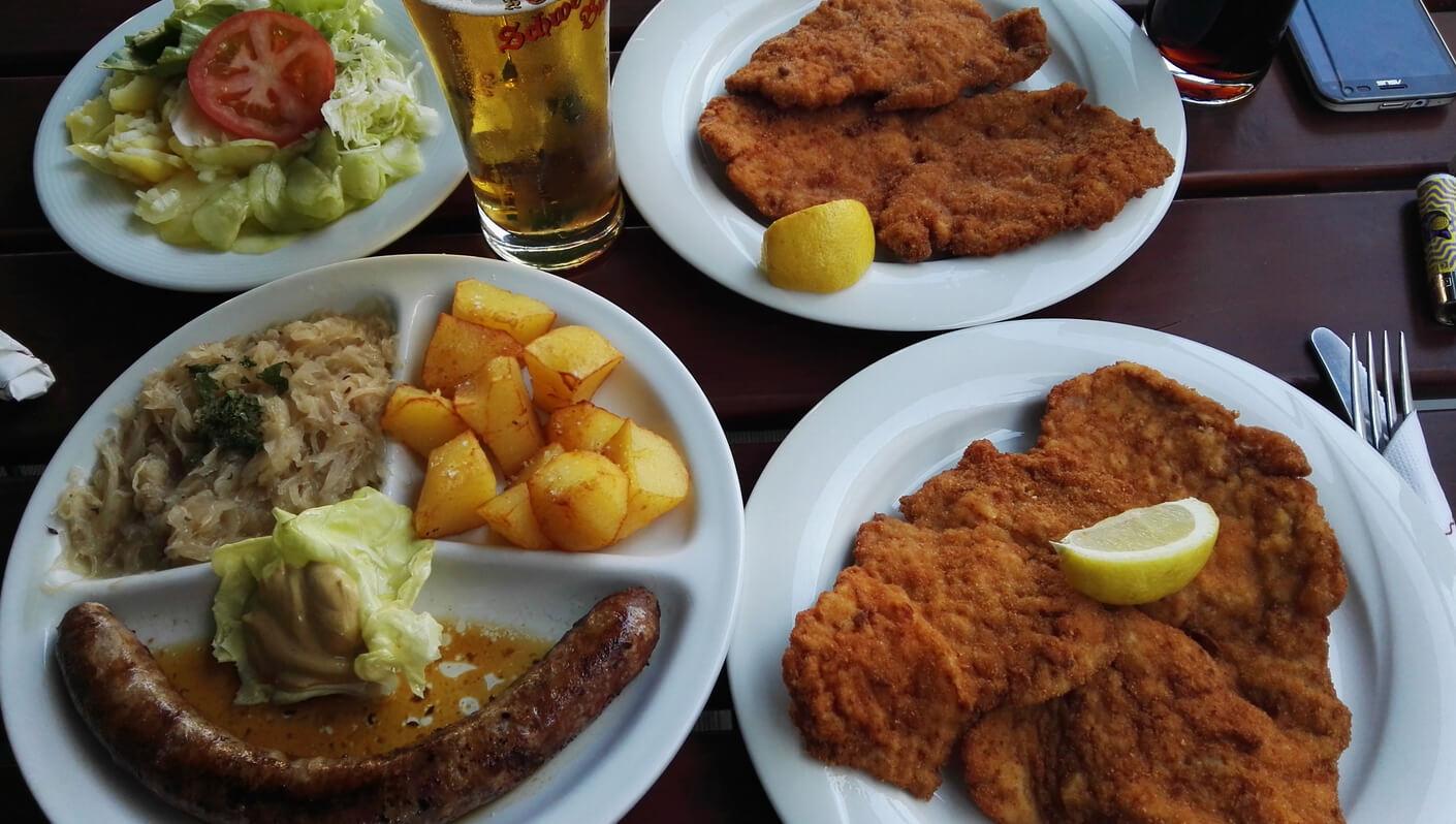 Ужин в кафе Gasthaus Elsner