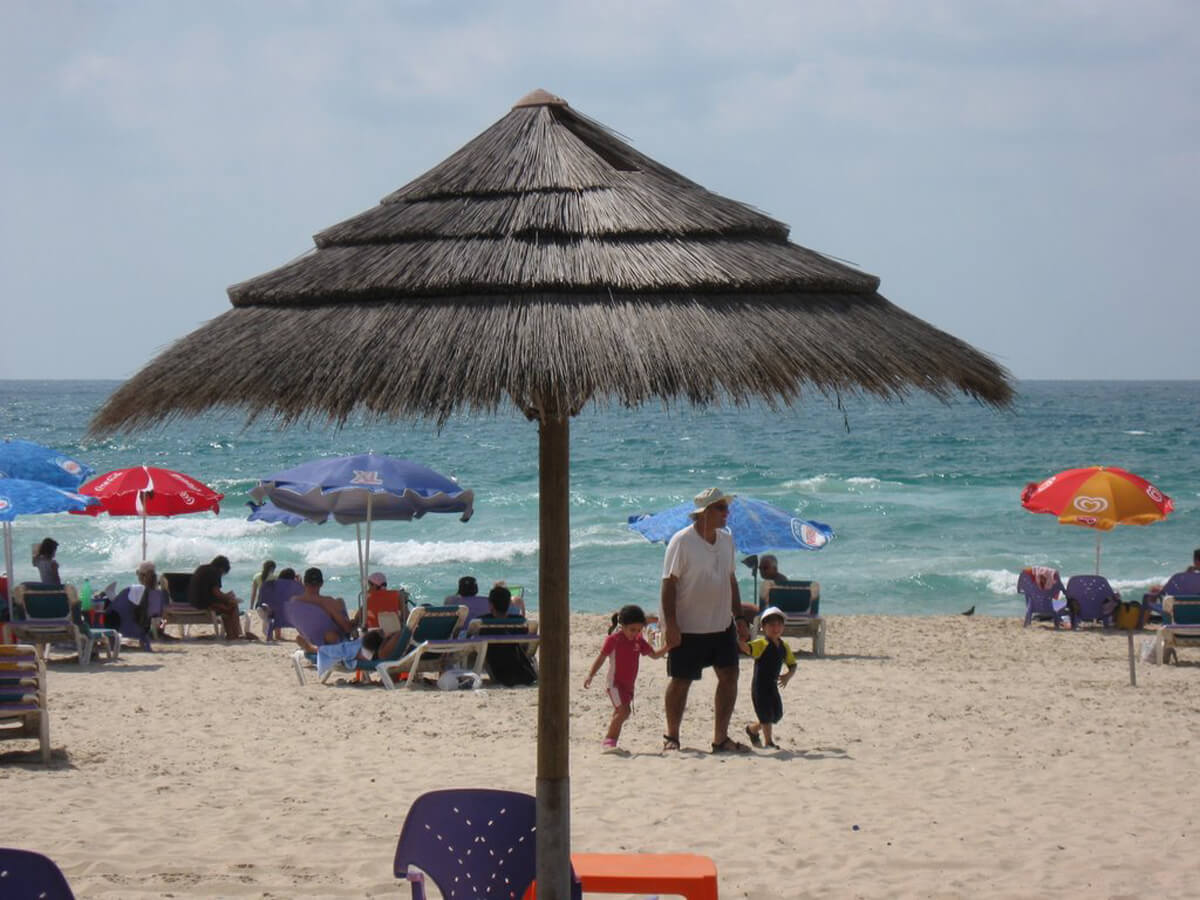 Отдых на пляже Ришон-ла-Цион