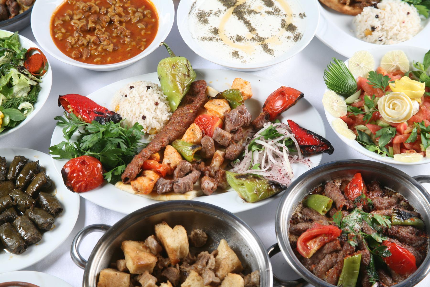Ужин на Ид Аль-Фитр