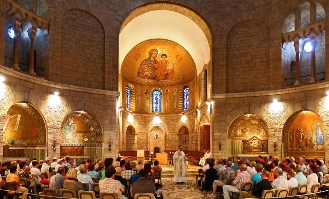 Интерьер церкви Успения