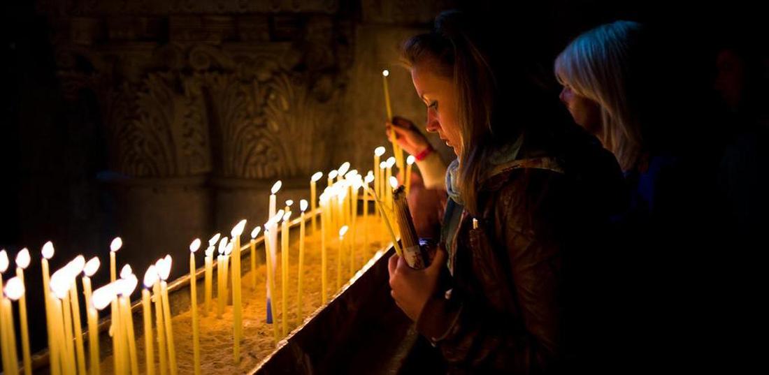 Молитвы в Храме Гроба Господня